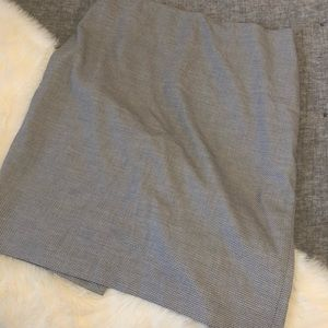 Whitehouseblackmarket herringbone pencil skirt sz8